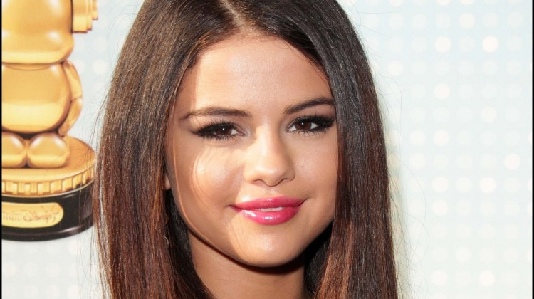 Life Lessons We Can All Learn From Actress & Singer, Selena Gomez