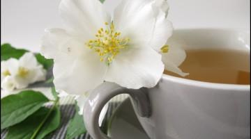 White tea and summer jasmine