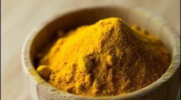 turmeric powder close up