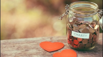 How Doing Random Acts of Kindness Can Lead to More Happiness