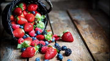 5 Different Types of Berries & the Impo
