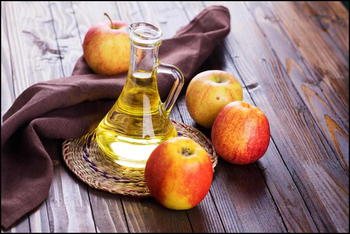 Apple vinegar and apples - Reasons to consume Apple Cidar Vinegar