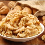 Amazing Health Benefits of Walnuts – 9 Reasons To Eat Walnuts Every Day!