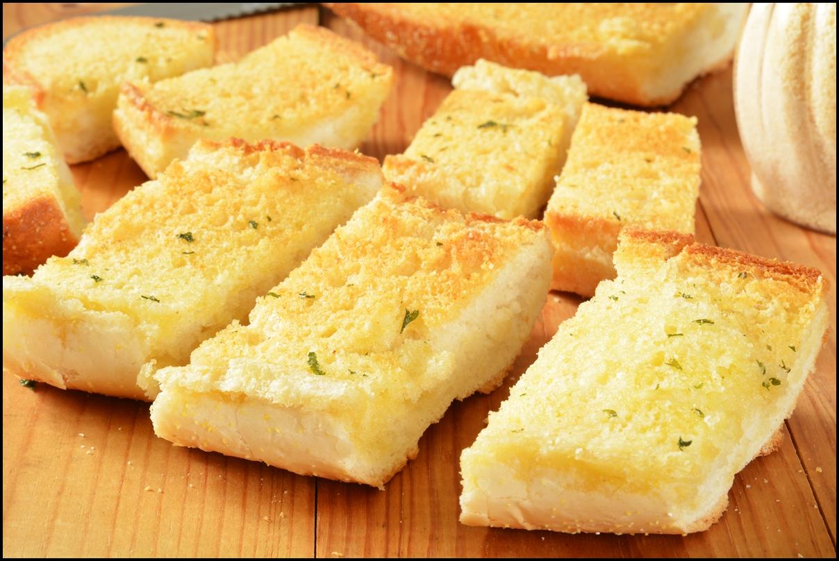 Fresh baked sliced garlic bread. Yummy!!