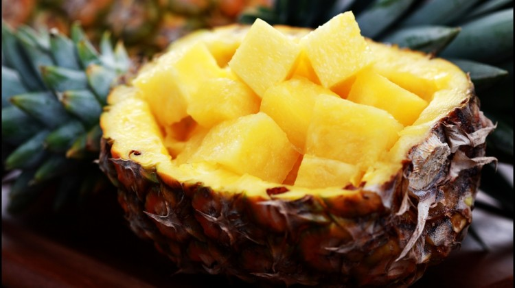 The Delicious Health Benefits of Pineapple – 11 Reasons Why Eating Pineapple is Good for the Health