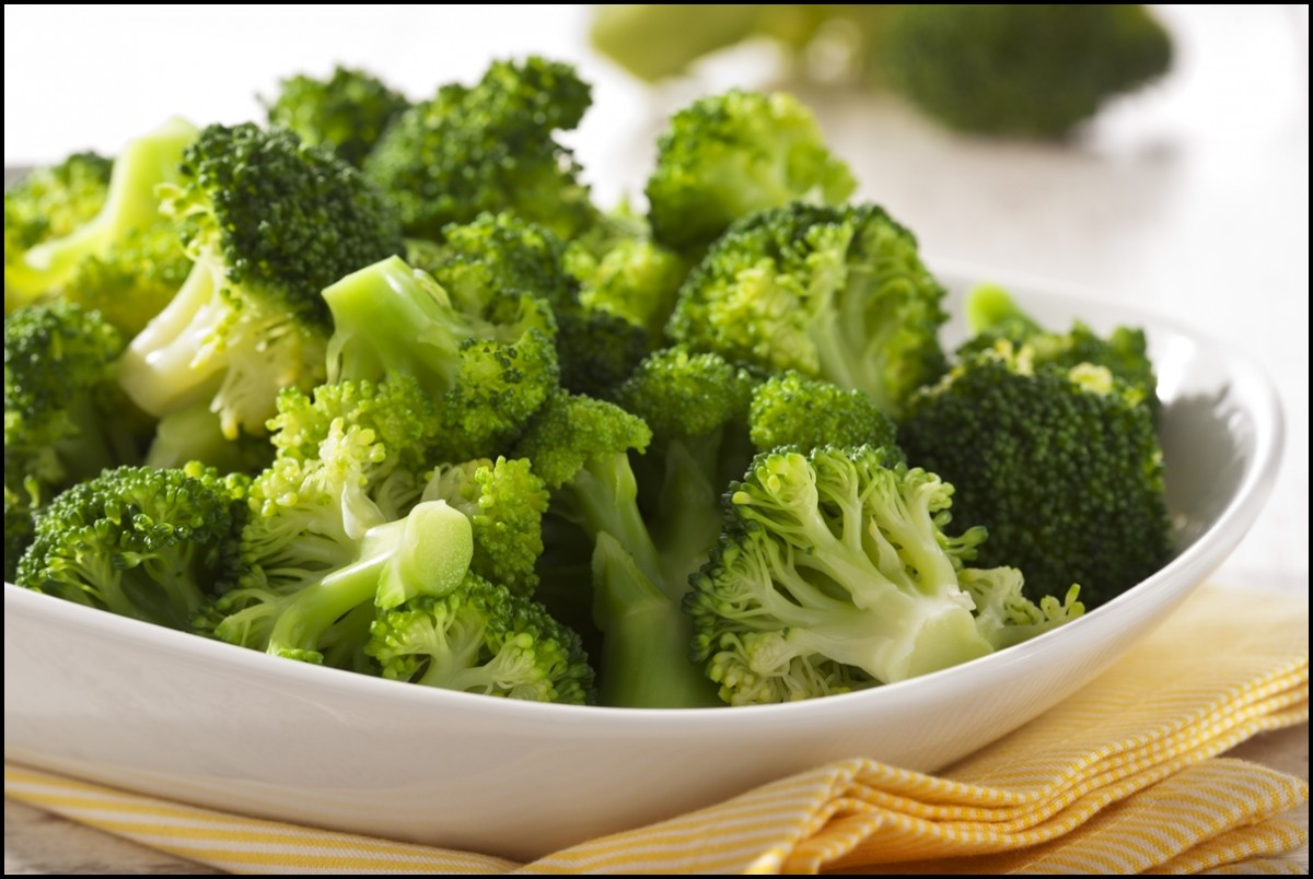 Freshly steamed broccoli