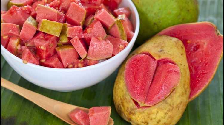 The Significant Health Benefits of Guava – Reasons Why You Should Eat More Guavas