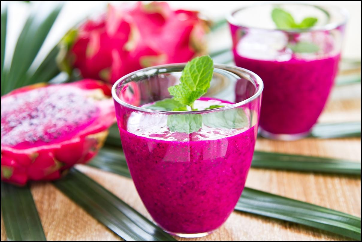 Healthy dragon fruit smootie (purple dragon fruit)