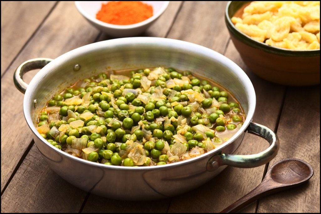 Hungarian pea stew made of onion, peas, seasoned with paprika and salt, served usually with Hungarian galuska or nokedli (homemade noodles)
