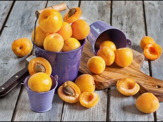 Amazing Health Benefits of Apricots – 9 Reasons Why You Should Be Eating More Apricots