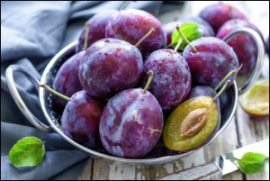 Reasons Why You Should Eat Plums