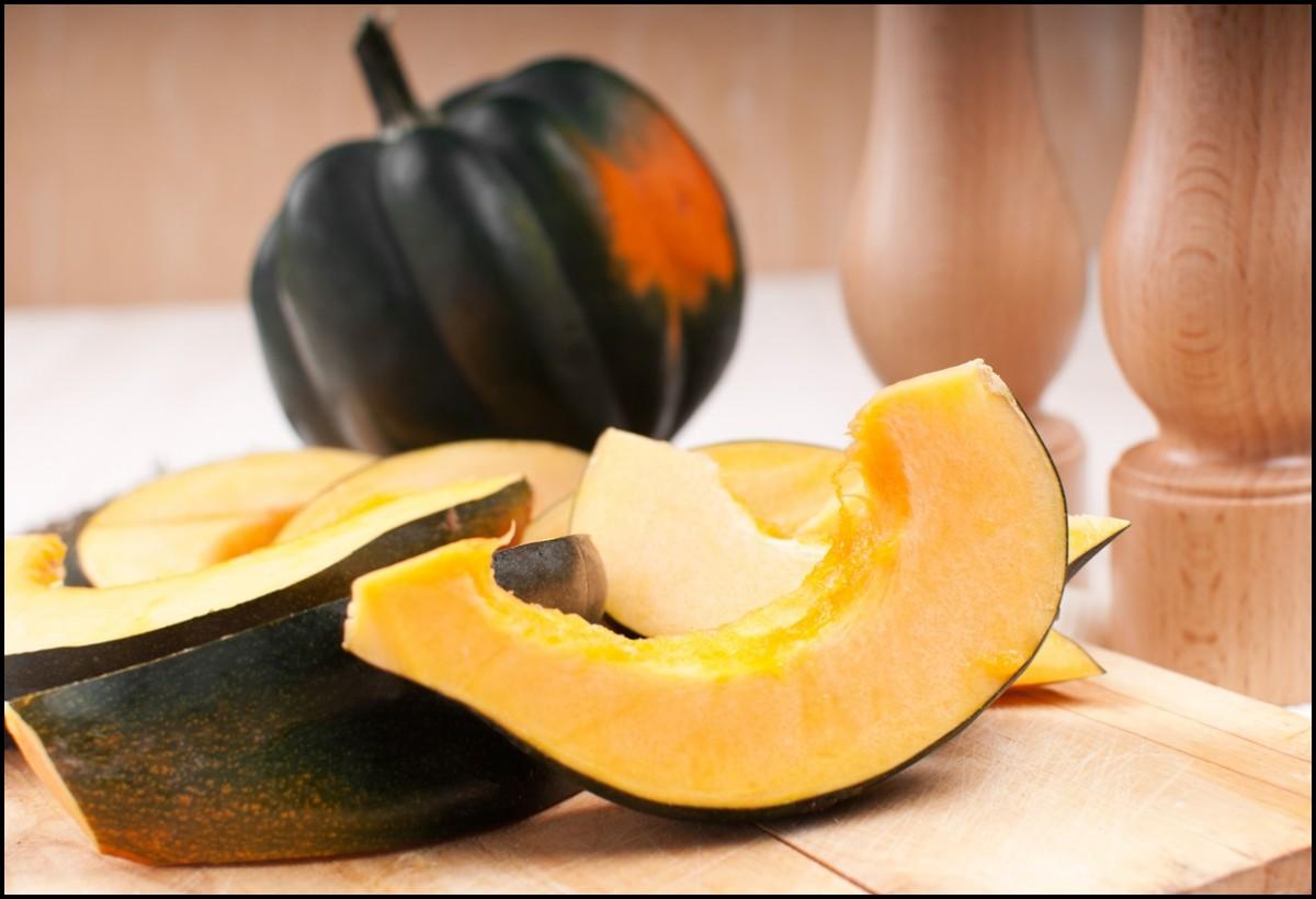 Reasons to eat Acorn squash - Acorn squash cut in wedges horizontal