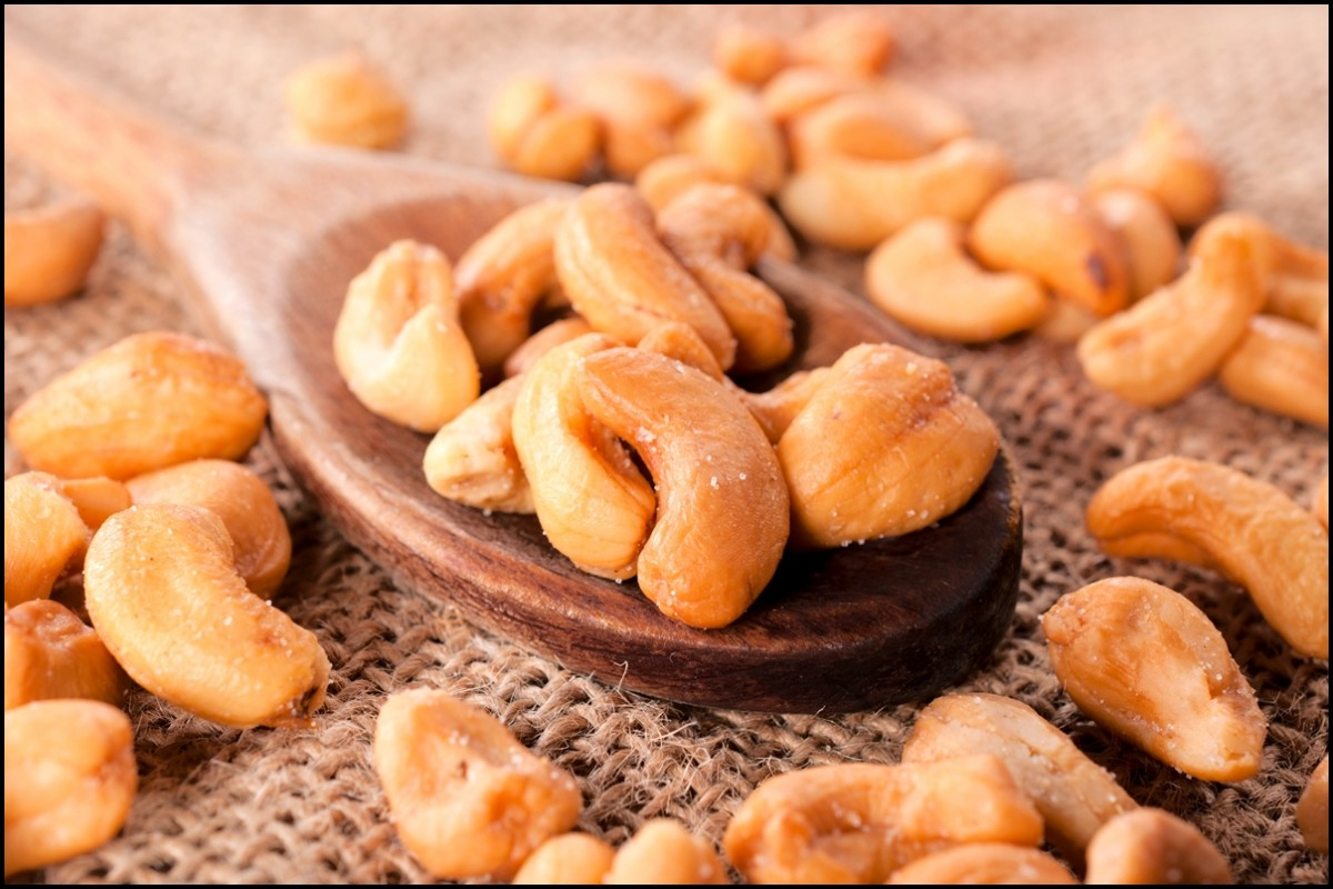 9 Delicious Health Benefits of Cashews - Reasons Why Cashew Nuts Are Extremely Good For You And Your Body - Serving Joy