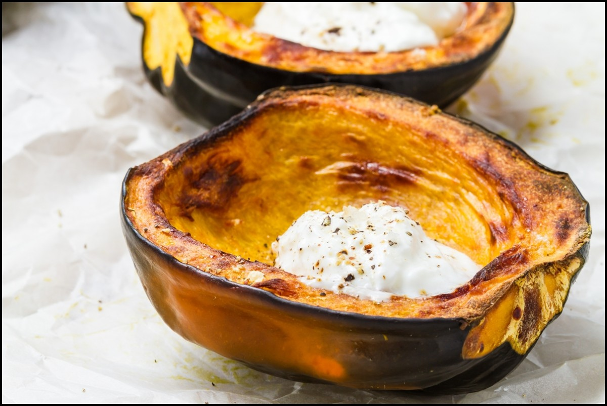 Sliced Acorn squash with sour cream