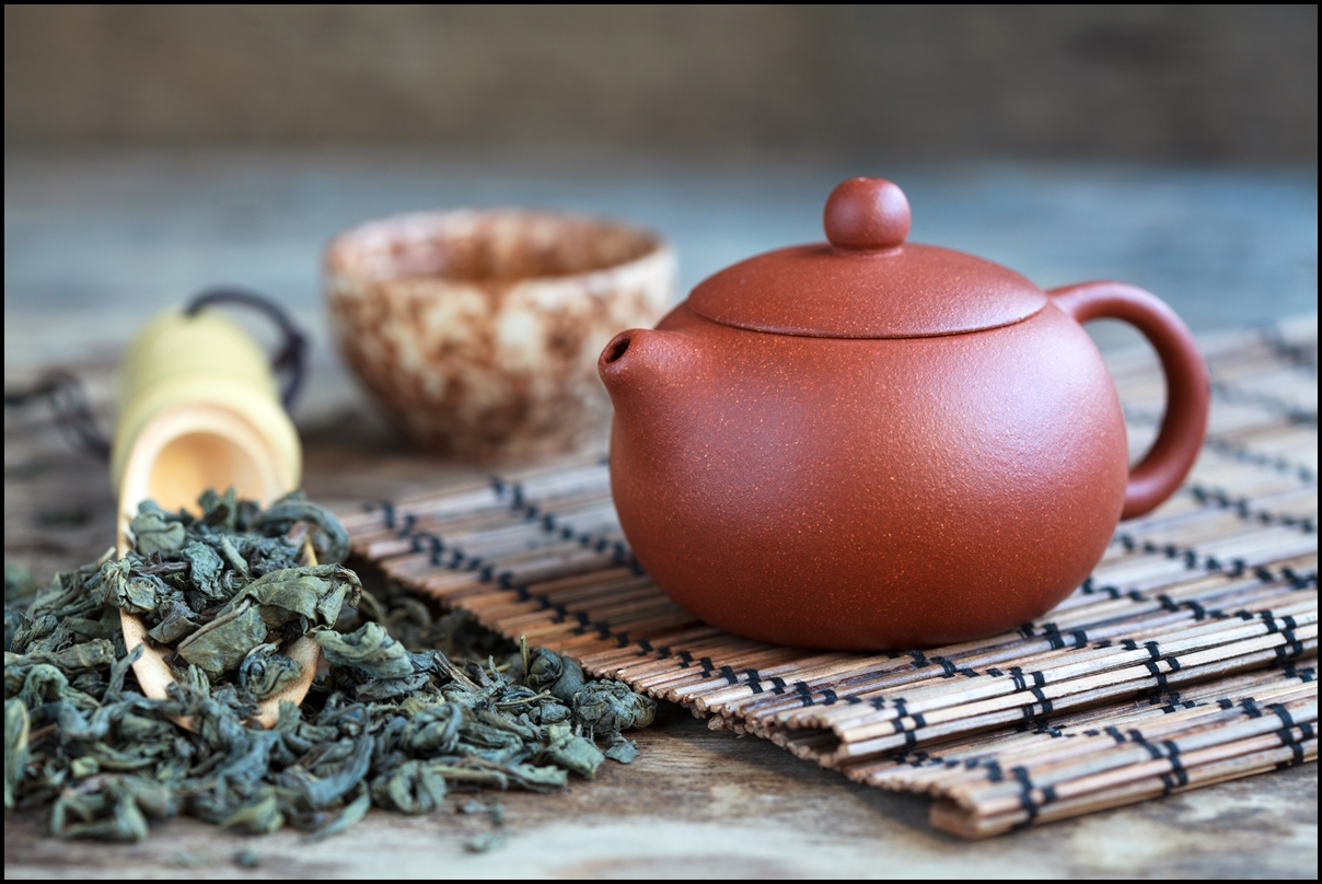 Traditional chinese oolong tea with oolong tea leaf