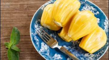 jack fruit serve on plate
