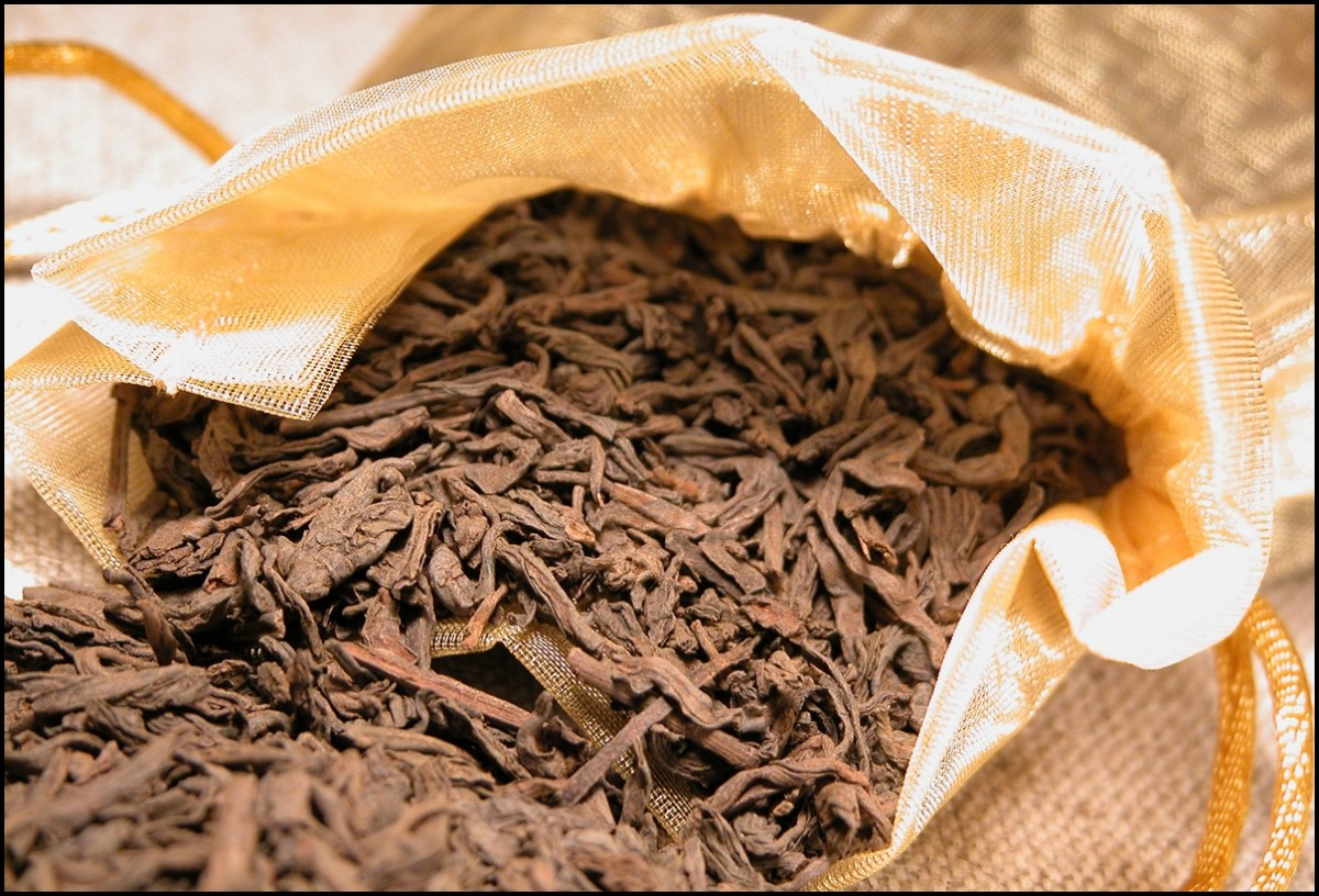 pu-erh tea leaves