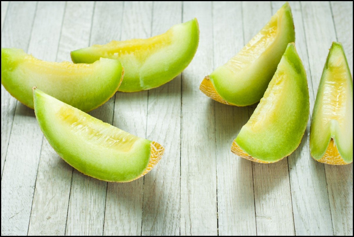 slices of honeydew melon
